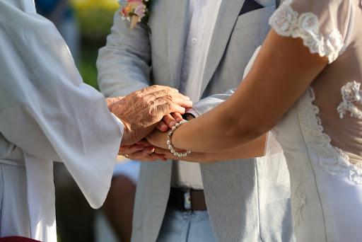 4 dicas para conciliar religiões no casamento