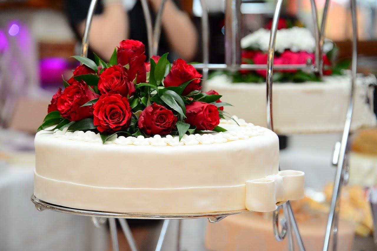Bolo Fake de Casamento: como escolher