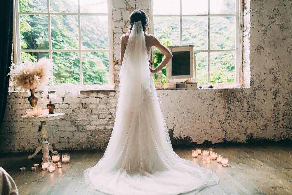 Como escolher o véu de noiva perfeito para seu casamento