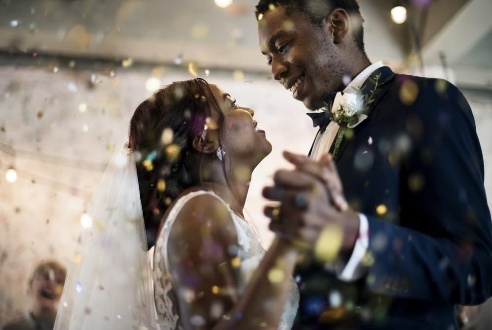 Quanto tempo deve durar uma cerimônia de casamento?