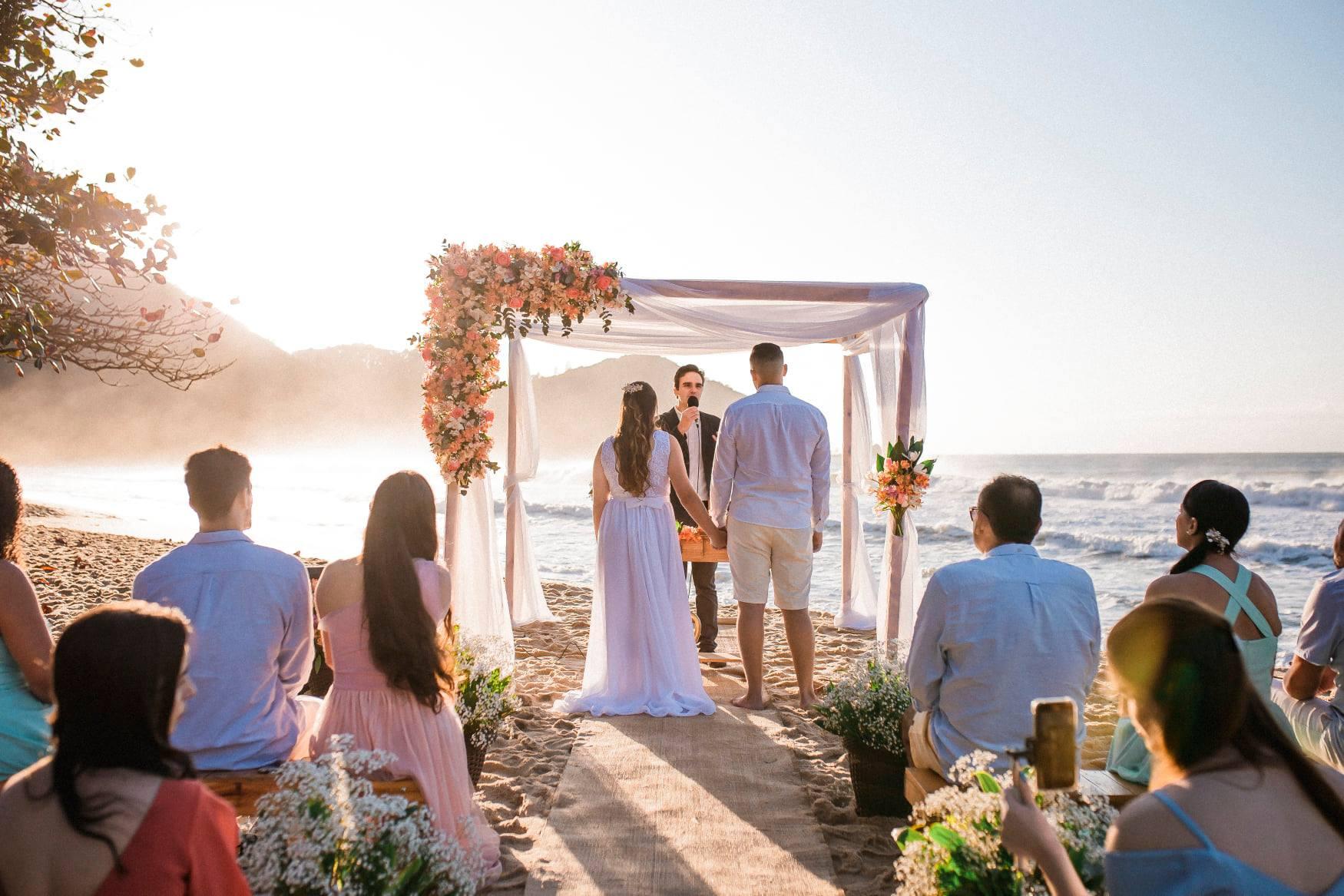 O que um celebrante de casamento pode fazer por você?