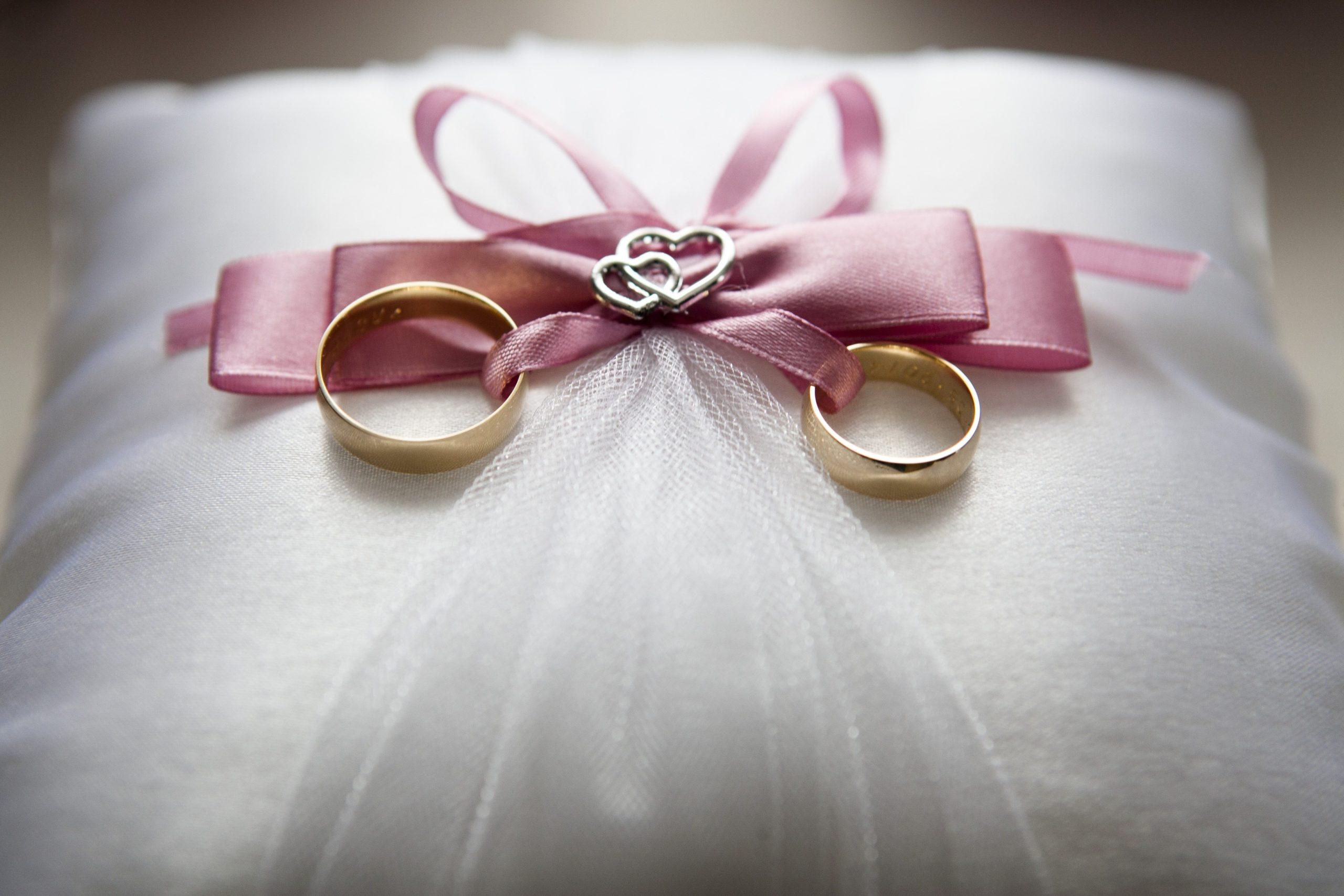 Aliança de casamento: como escolher o modelo ideal?
